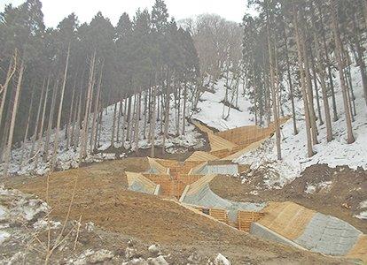 横枕治山の治山工事