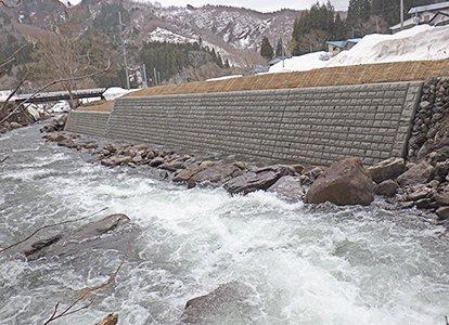 桧木内又沢川河川の災害復旧工事